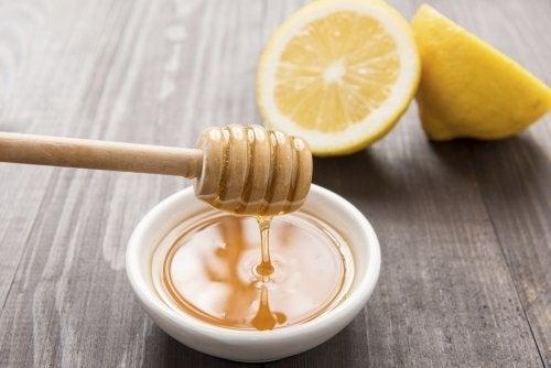 Il miele aiuta a perdere peso?
