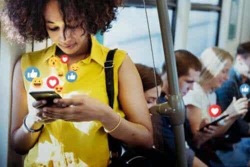 I social network: vantaggi e svantaggi