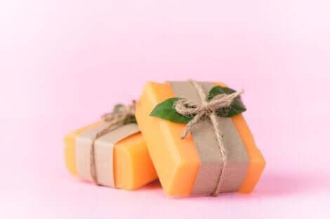 Sapone alla papaya confezione.