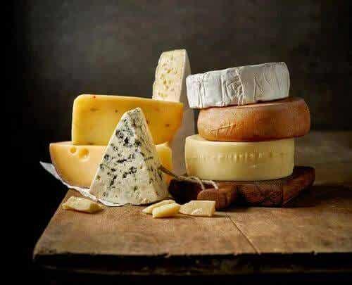 Quanto formaggio possiamo mangiare al giorno?