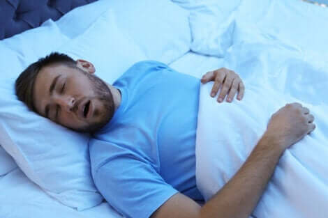 Dormire bene per prevenire il dolore fisico.