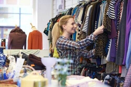 Vestiti usati: le regole per un buon acquisto