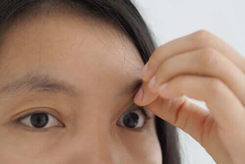 Il foro maculare: sintomi e trattamento