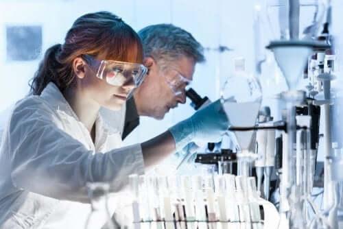 Fase II sperimentazione clinica efficacia trattamento.