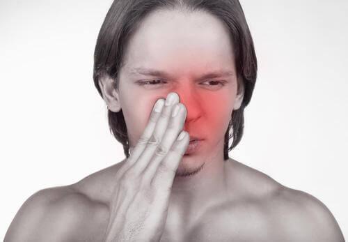 Infiammazione al naso.