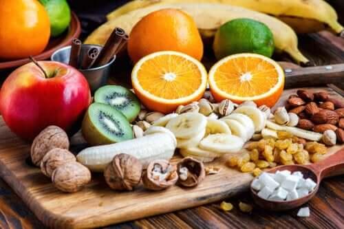 Gli zuccheri della frutta fanno male?
