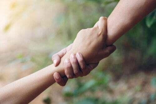 Imparare a essere altruisti: 12 consigli