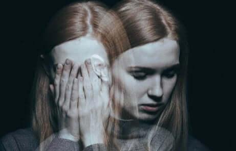 Donna bipolare con crisi.