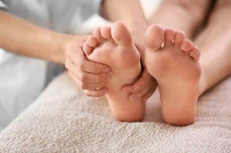 Massaggio ai piedi.