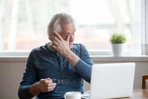 Occhio secco da schermo: misure preventive