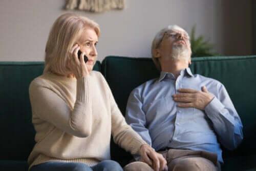 Primo soccorso negli anziani e incidenti comuni