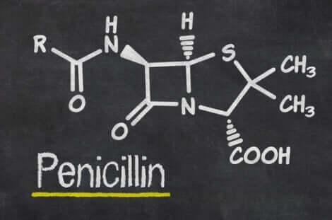 Resistenza alla penicillina: struttura chimica della penicillina.