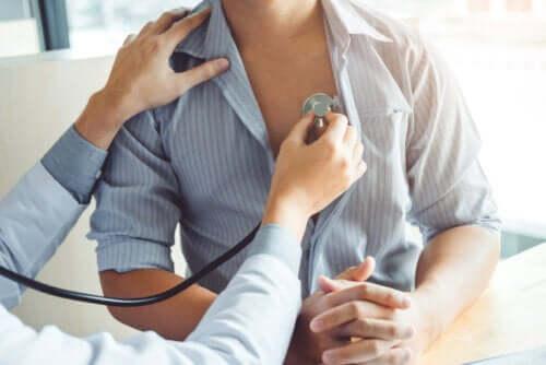 Cuore polmonare: cause, sintomi e rischi