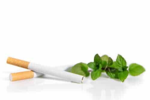 Sigarette al mentolo, più nocive di quelle normali