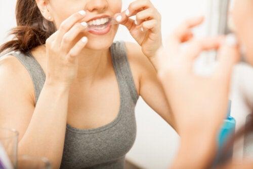 Strisce sbiancanti per i denti: consigli per un buon utilizzo