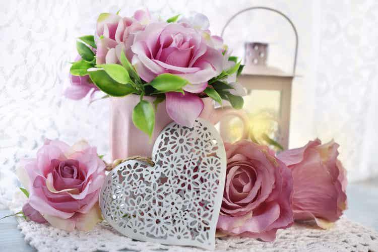 Composizioni floreali rosa.