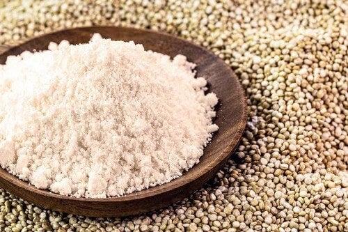 Farina di quinoa.