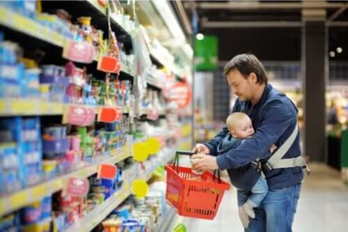Secondo un rapporto, alcuni prodotti alimentari per neonati sarebbero contaminati da metalli pesanti