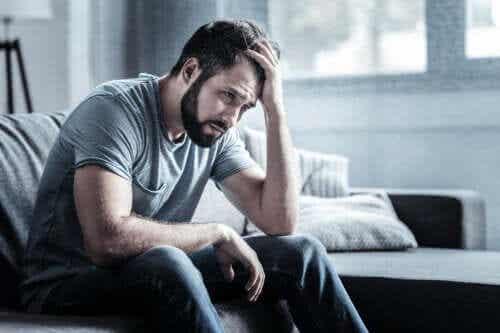 Nevrosi depressiva: sintomi, cause e trattamento