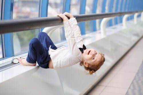 Rafforzare le braccia del bambino: giochi ed esercizi