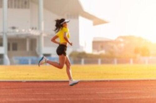 Allenamento su pista per runner