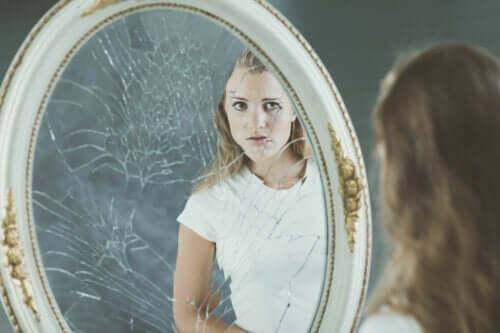 Immagine corporea negativa ed effetti sull'autostima