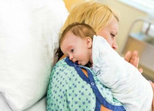 Ruttino dopo mangiato per il neonato: è necessario?