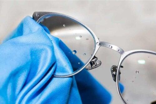 Panno in microfibra per occhiali.