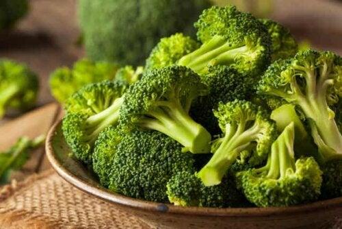 Broccoli crudi.