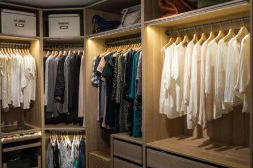 8 modi per illuminare la cabina armadio