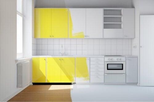 Dipingere la cucina: come scegliere i colori giusti