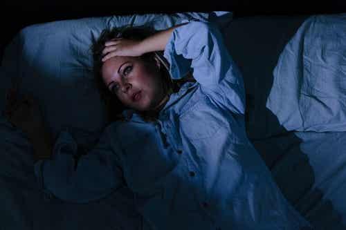 Non riuscire a dormire per le preoccupazioni: 6 consigli