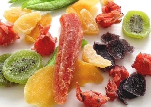 Disidratare la frutta in casa senza essiccatore
