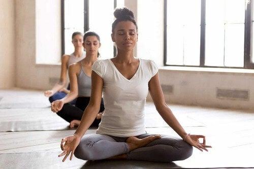 Meditazione e yoga dopo il parto.