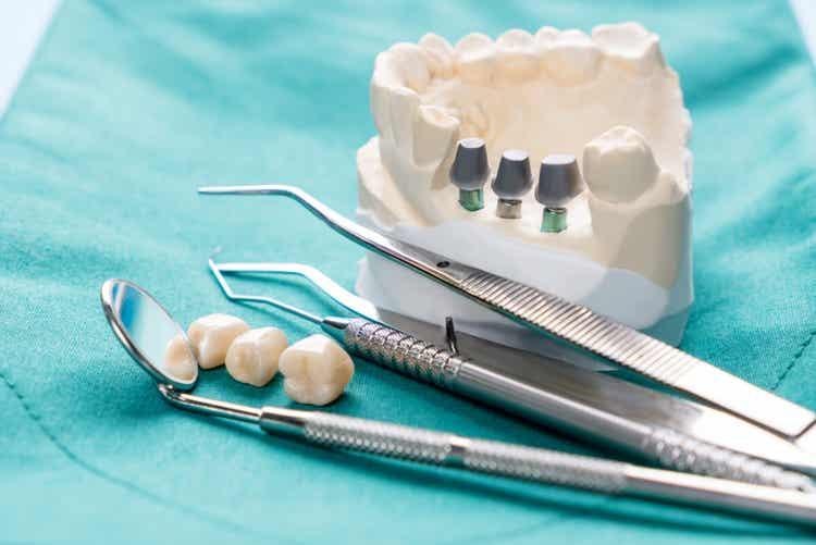 Strumenti del dentista.