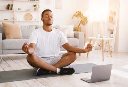 Meditazione Vipassana: cos'è e quali benefici offre