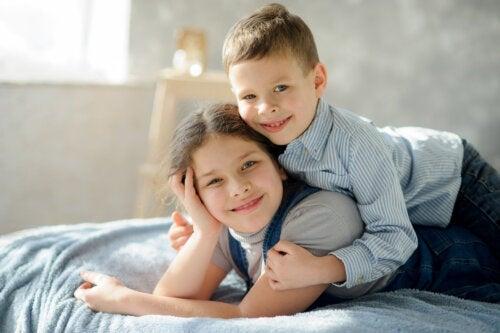 Condividere la stanza con i fratelli: vantaggi e svantaggi